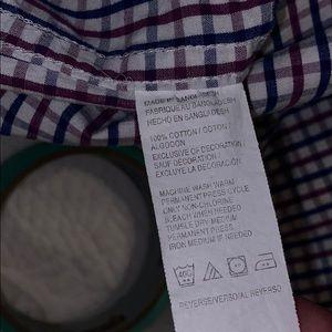 Izod Shirts - iZOD oxford button up shirt